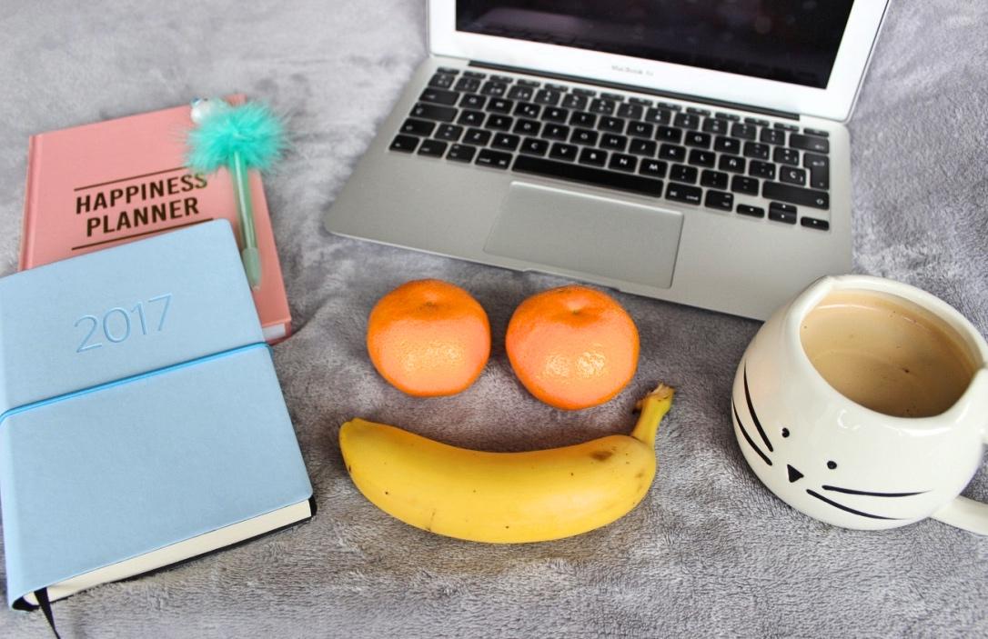 macbook-and-diaries